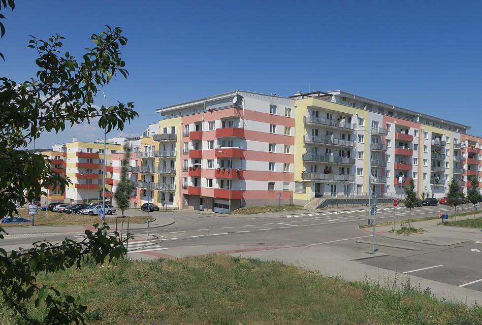 Další etapa výstavby bytů Pod Chvalovkou