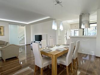 Prodej rodinného domu a provozovny