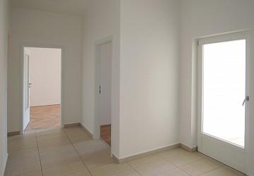 Prodej bytu 2+1 s balkonem a lodžií, Úvoz.