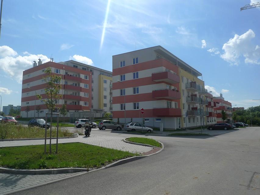 Pod Chvalovkou - výstavba bytů