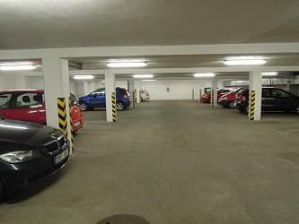 Parkovací stání v Brně Králově Poli