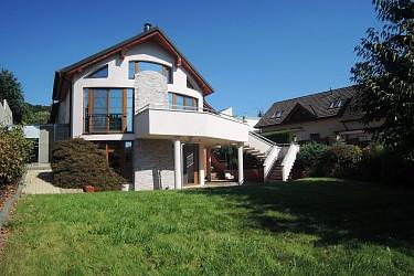 Nadstandardní rodinný dům v Brně Komíně