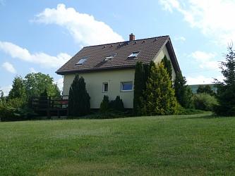 RD se zahradou v Braníškově u Tišnova