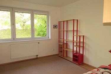 Pronájem bytu 3+kk s balkonem a garáží v Brně - Žabovřeskách